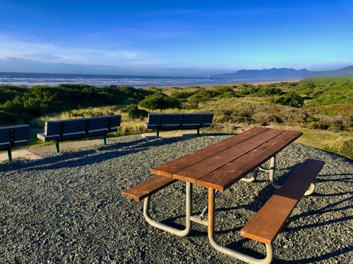Picnic table on the hill at Barview Jetty Park.