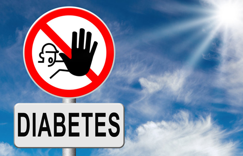 Men can manage Type 2 Diabetes naturally eating a Keto diet and integrating consistent daily exercise into their lives.