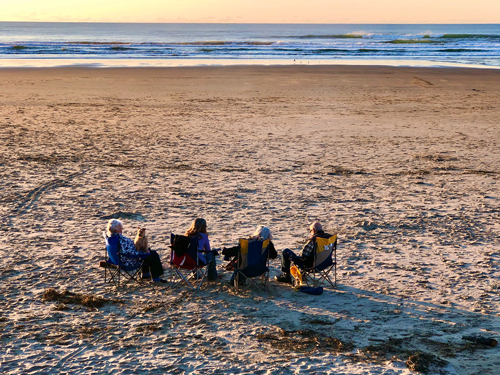 Waiting for the sunset. Thanksgiving Day on Rockaway Beach.