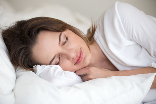 Women can reduce the risk of Alzheimer's by getting restful sleep.