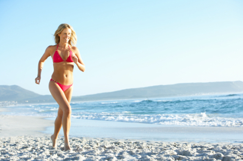 One of the benefits of the beach is that it enhances healthy physical exercise.
